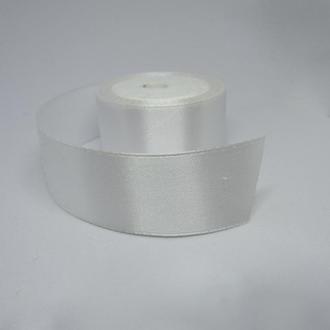 Лента атласная белая для украшений 25 мм