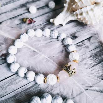 Нежный женский браслет из натуральных камней