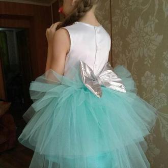 Платье нарядное 6-7 лет на выпускной