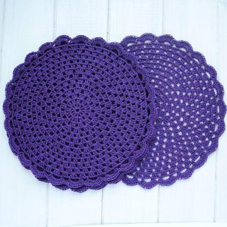 Набор фиолетовых салфеток вязаных крючком