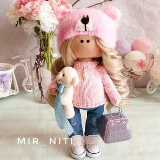 Кукла ручной работы мишка в розовом свитере
