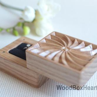Деревянная коробочка шкатулка футляр для кольца, сережек, украшений