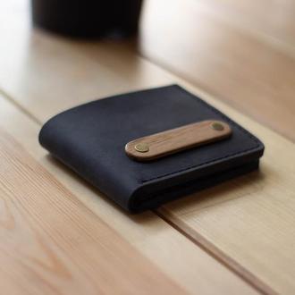 Именной мужской бумажник из кожи с деревянной вставкой, гравировка в подарок. Кожаный кошелек.