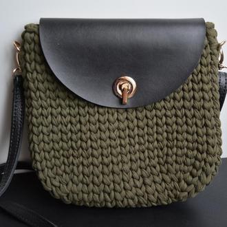 Женская сумка вязаная крючком из трикотажной пряжи