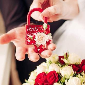 """Свадебный замочек """"Марсала """" в бордовом и айвори цвете"""