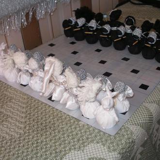 Сувенирные шахматы, сделанные в технике куклы-мотанки.