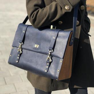 Кожаная женская сумка-портфель с деревянными вставками