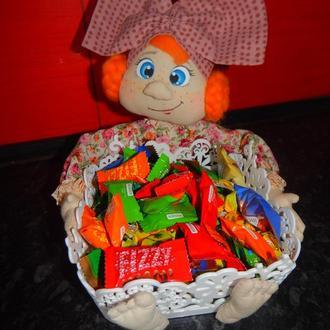 Кукла-конфетница
