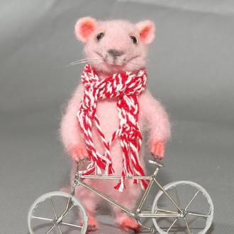 Игрушки валяные из шерсти. Мышонок Pinky