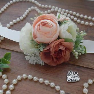 Коралловая бутоньерка на руку Повязка с цветами на руку Свадебные бутоньерки