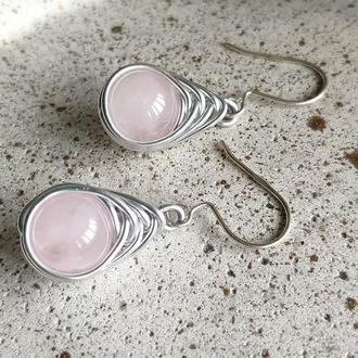 Сережки с розовым кварцем на серебряном крючке, Нежные серьги ручной работы, Подарок девушке