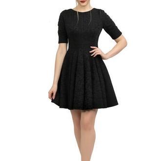 Платье черное с клиньями