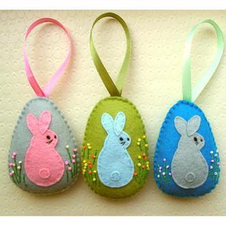 писанки из фетра с пасхальными кроликами