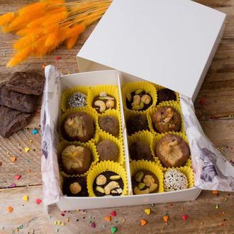 Набір цукерок та Інжир з ганашем, 16шт