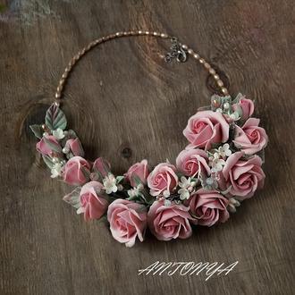 колье Букет роз