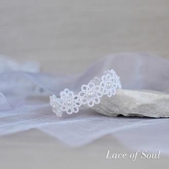 Белый кружевной браслет с цветами. Браслет для невесты.