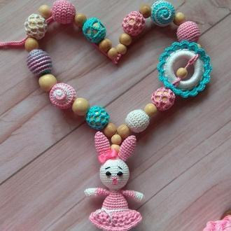 Слингобусы для девочки Зайка, нежные, вязаная игрушка