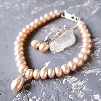 Комплект из натуральных персиковых жемчуга браслет и серьги
