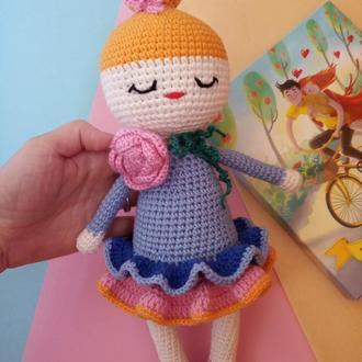 Вязаная кукла. Куколка игрушка в  подарок