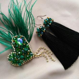 Комплект украшений: брошь сердце из бусин и перья, серьги кисти, яркие аксессуар зелёного цвета