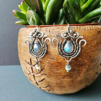 Серебряные серьги Цветы с сине-голубым лабрадором. Элегантное украшение. Подарок лучшей подруге