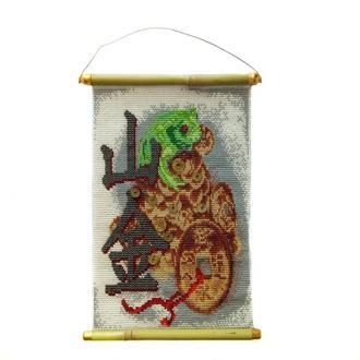 Картина панно «Трехлапая жаба на денежной горе. Талисман богатства»