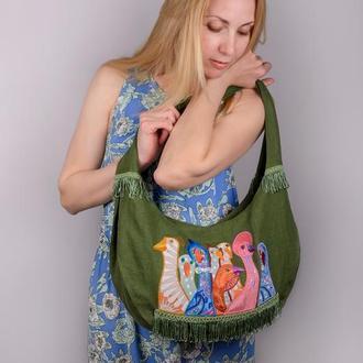 """Сумка из зеленого льна с вышивкой """"Разноцветные гуси"""". Эко-сумка удобной формы из натуральных тканей"""