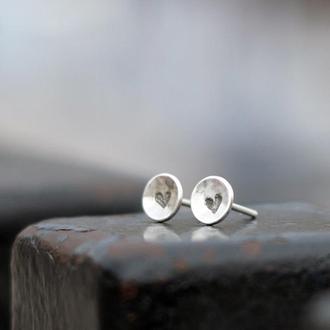 Серебряные серьги-пусеты Сердечки