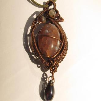 Кулон подвеска из медной проволоки с натуральным камнем
