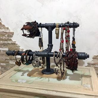 Подставка для украшений и часов Simple из водопроводных труб