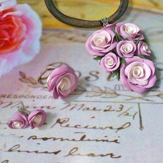 "Комплект украшений кулон чокер, серьги кольцо""Утренняя роза"""