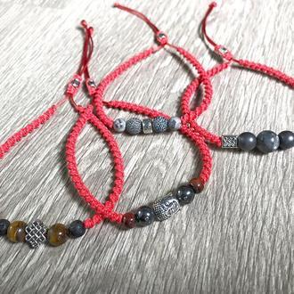 Браслет красная нить, с натуральным камнем
