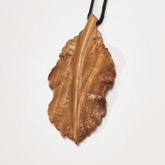 «Лист яблони», кулон