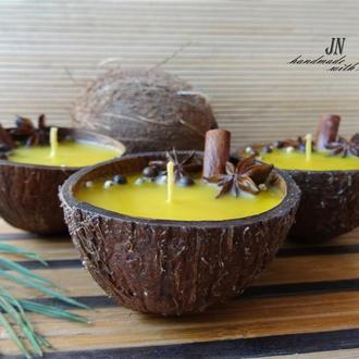 Восковая свеча в кокосе, ароматизированная