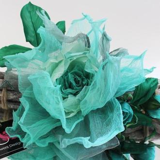 Брошь – заколка,  шелковая роза «Бегущая по волнам». Цветы из ткани