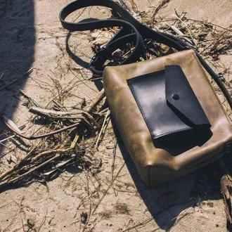 Женская сумка Art Pelle Bossy коричневая (Crazy Horse)