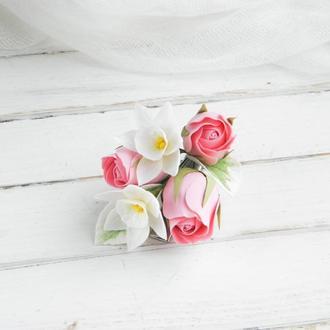 Маленькая заколка с цветами розы и нарциссов в прическу, Подарок для девушки