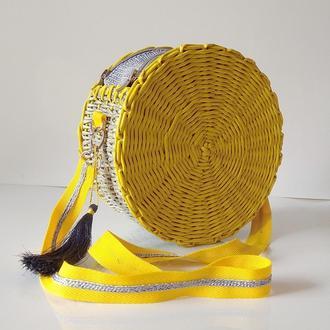 Плетеная сумка из бумажной лозы