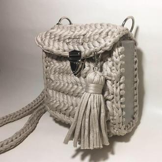 Мини сумочка из трикотажной пряжи