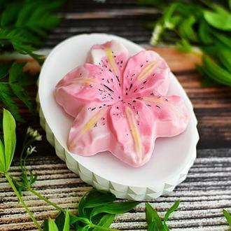 Сувенирное мыло  Love in Spring Лилия