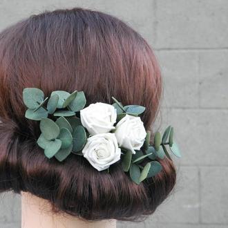 Гребень с розами и эвкалиптом, Цветы в прическу невесте