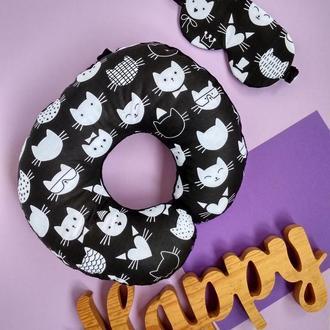 Дорожная подушка- коты, подушка для путешествий - котики, подушка для шеи - коты