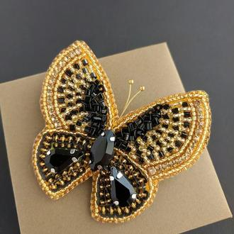 "Брошь ""Чёрно-золотая бабочка"""