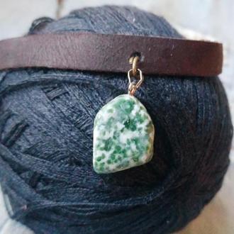 Кожаный чокер с натуральным камнем Яшма
