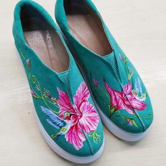 Туфли на платформе с росписью Колибри.