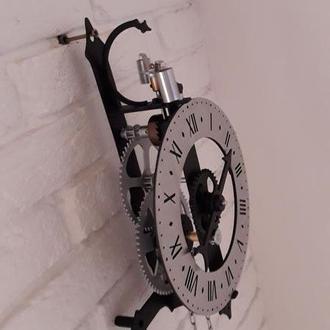 Эксклюзивные настенные механические часы скелетон механизм образца  XV века, металлические