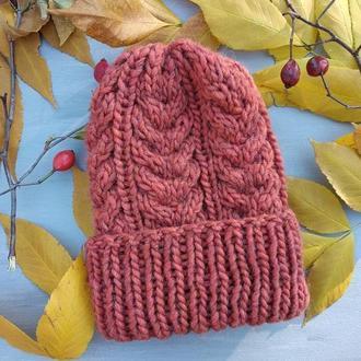 Объёмная зимняя шапка с косами