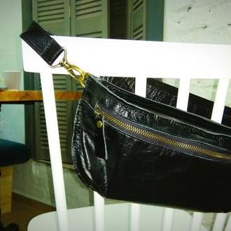 Кожаная  поясная сумка банан. Для ценных вещей.