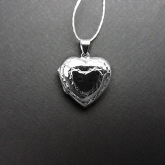Открывающийся серебряный медальон сердечко 6.56