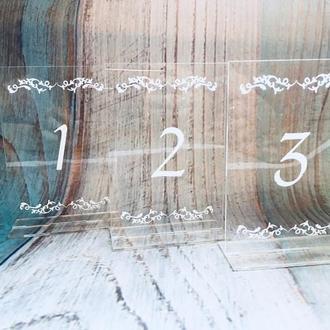 Акриловые номерки на столы гостей